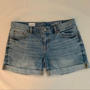 GAP Boyfriend Shorts, 28